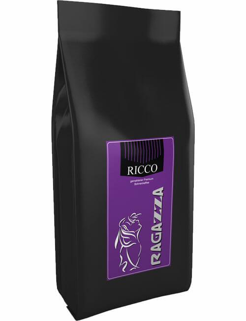 Ragazza Ricco
